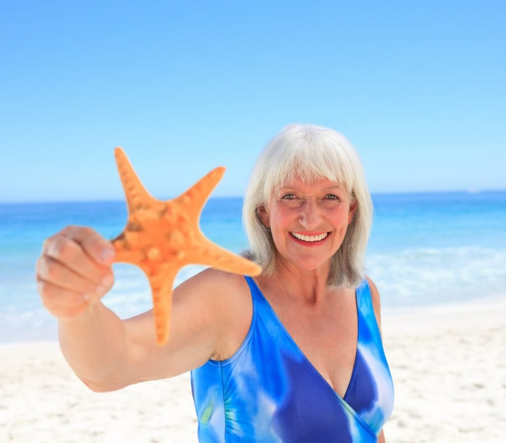 lady-with-starfish